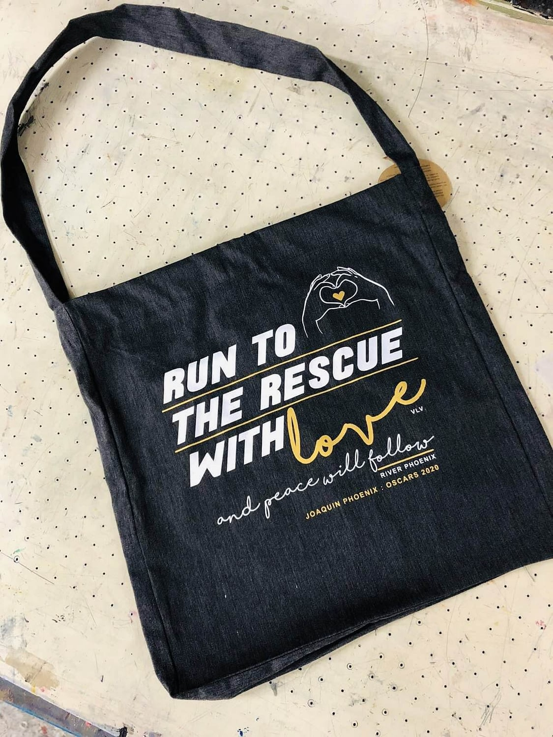 Run to the rescue with love Tote Sling Bag: Recycled Fibres BLACK