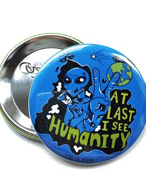 58mm Badge: Vegan Planet