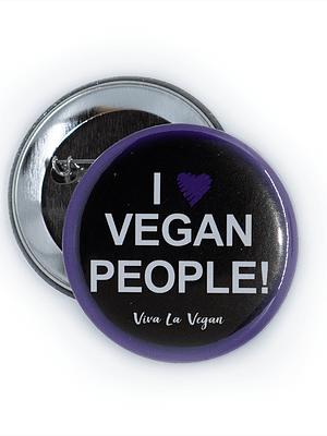 58mm Statement Badge: I Heart Vegan People